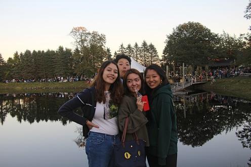 Ella, Sam, Scarlett, & Katherine