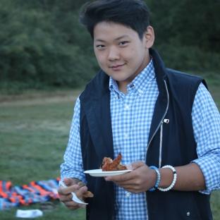 Sam vs Chicken Wing
